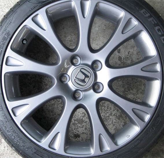 how to fix chipped alloy wheels